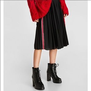 Zara pleated red side stripe skirt small